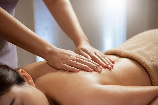 massage ayurveìdique